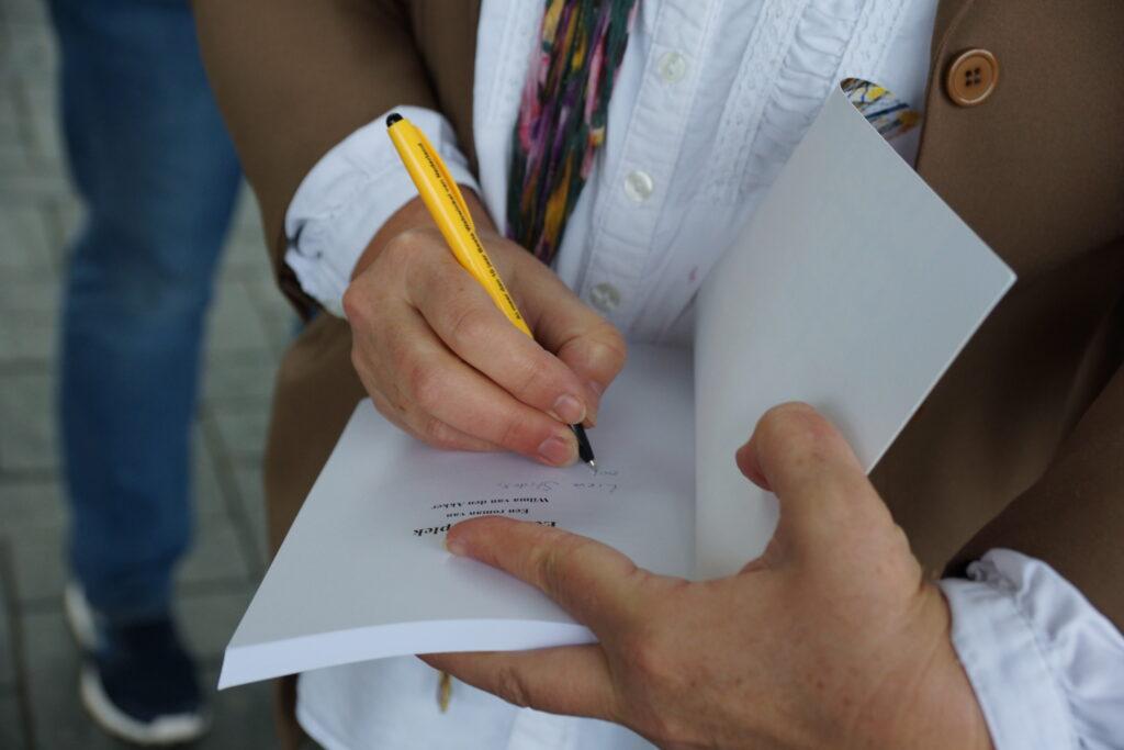 Signeren roman Een Veilige Plek